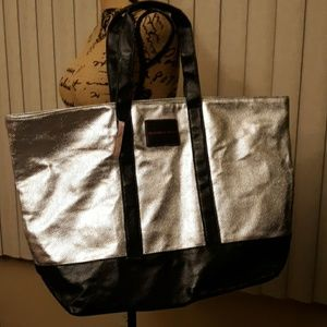 (NWT) LARGE METALLIC VICTORIA SECRET TOTE